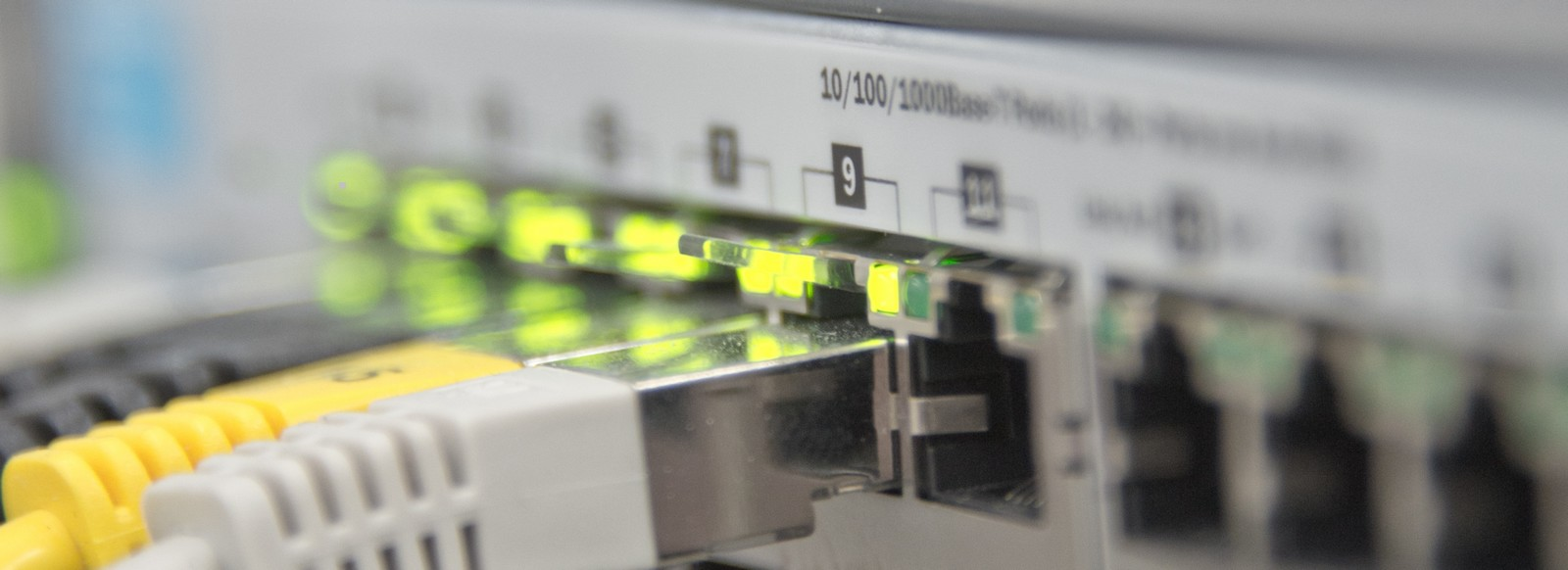 Ethernet Image by Michael Schwarzenberger from Pixabay